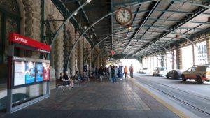 セントラル駅のライトレール乗り場